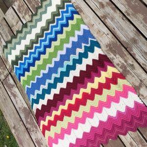 Handmade Crochet Granny Chevron Ripple Blanket